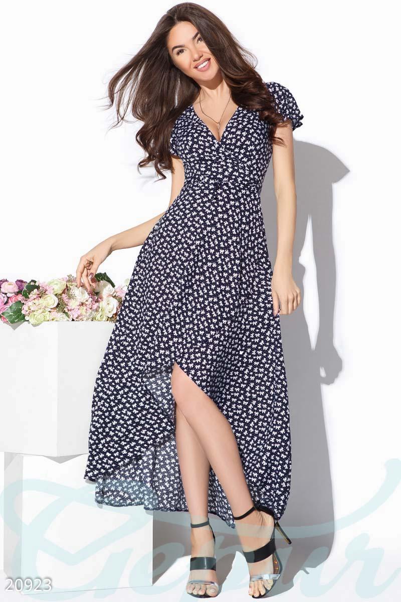 Летнее платье-халат сине-белого цвета