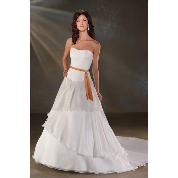 Многослойное платье