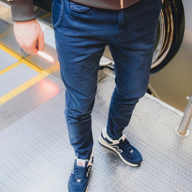 Мужские штаны на резинке внизу