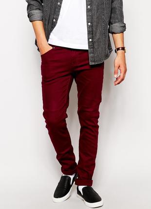 Мужские зауженные бордовые джинсы