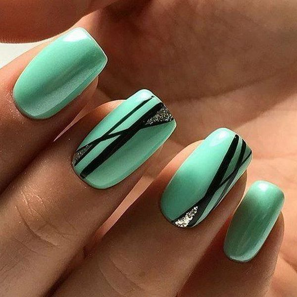 Мятный тон зеленого цвета