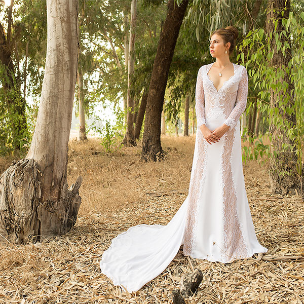 Необычный фасон платья
