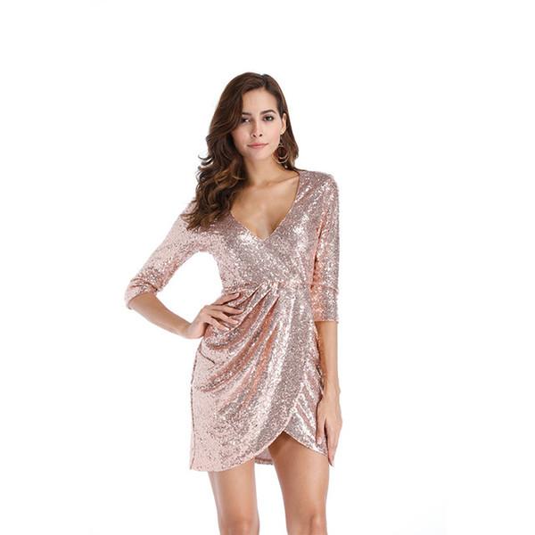 Необычный оттенок платья