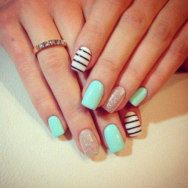Необычный цвет ногтей