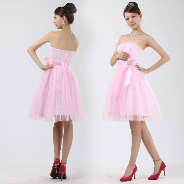 Нежно-розовое бальное платье