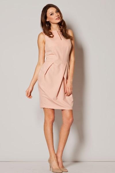 Нежно-розовое платье тюльпан