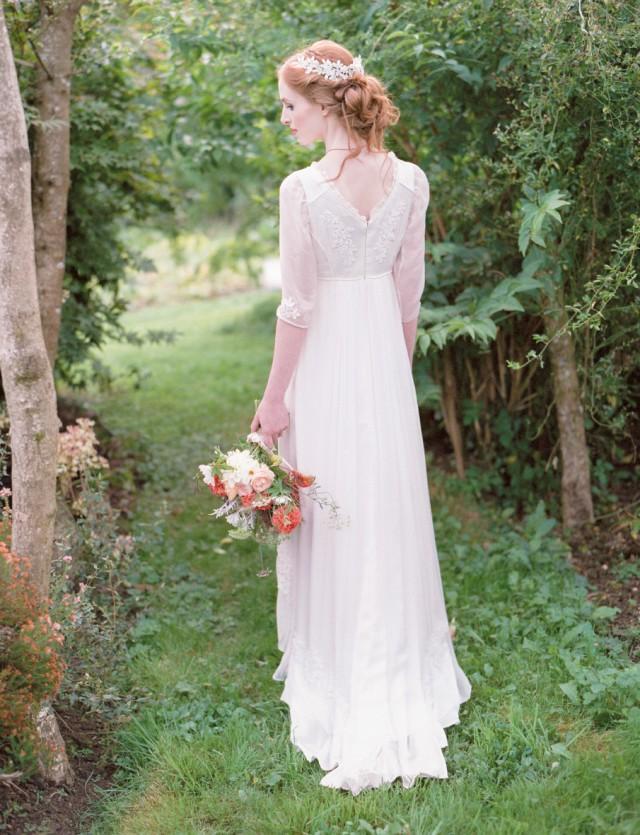 Нежный свадебный наряд