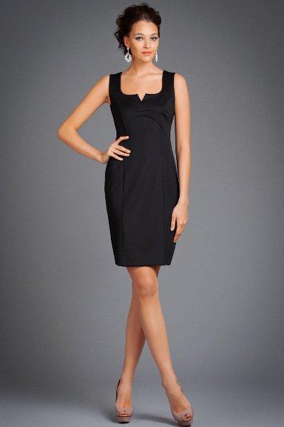 Новое элегантное черное летнее платье-футляр