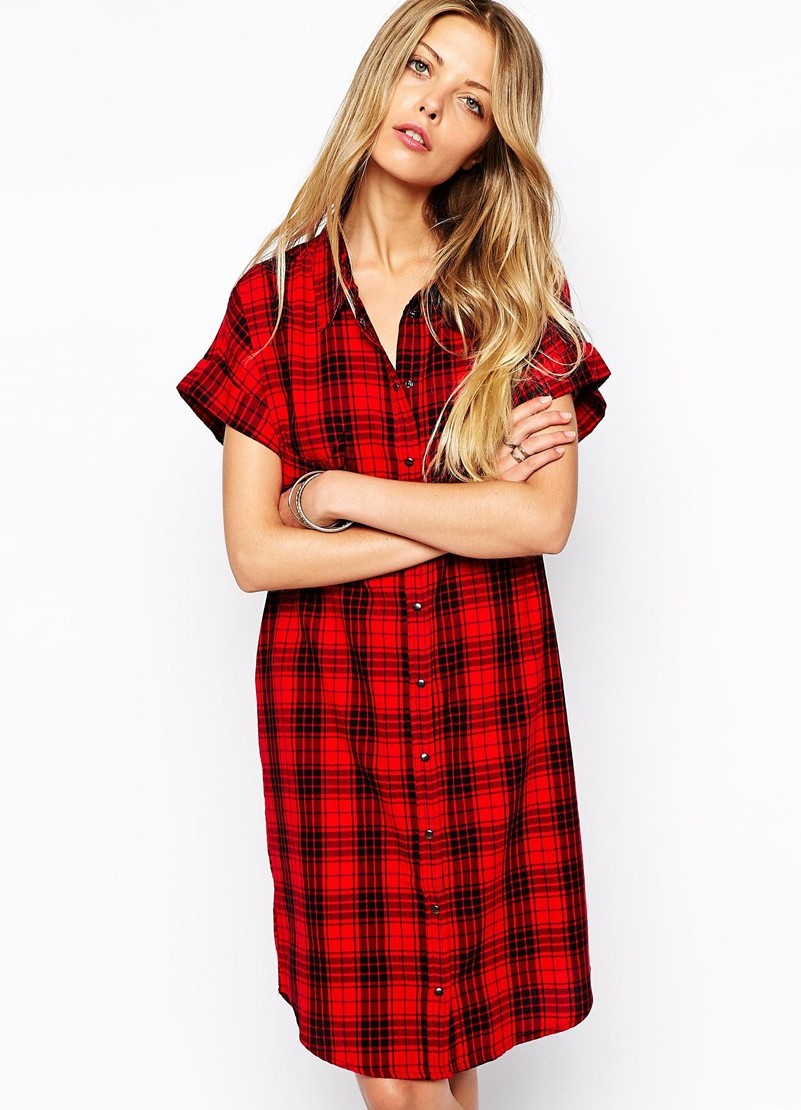 Обычное платье рубашка