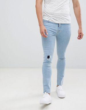 Очень обтягивающие джинсы для парня