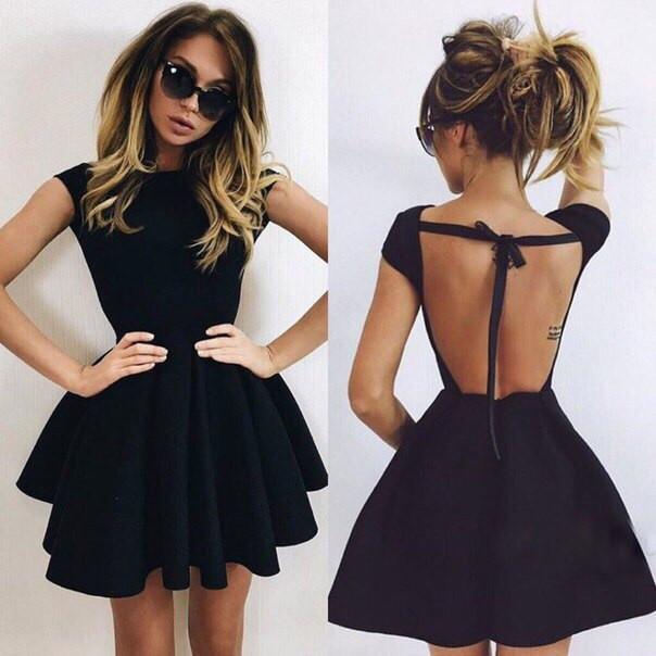 Откртытая спина платья