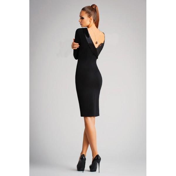 Открытая спина черного платья
