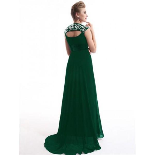 Открытая спина платья