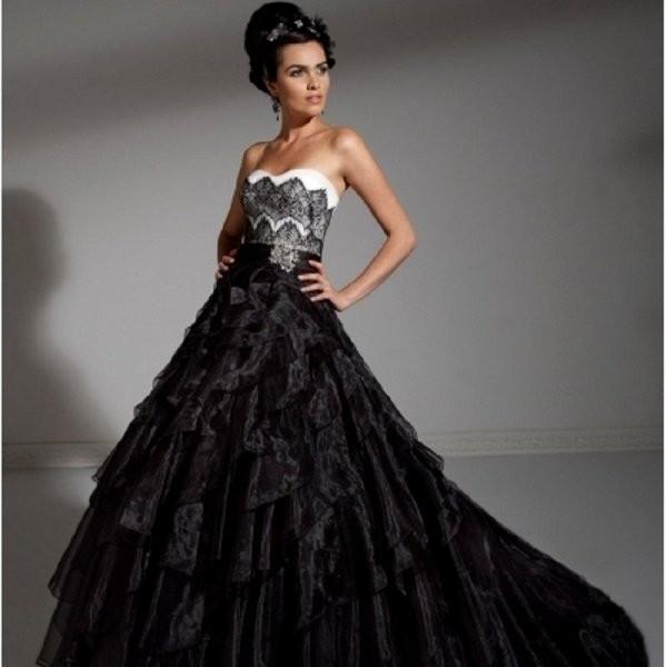 Платье для свадьбы черного цвета