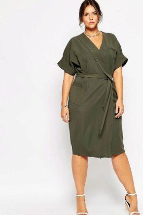 Платье-халат большого размера в зеленом цвете