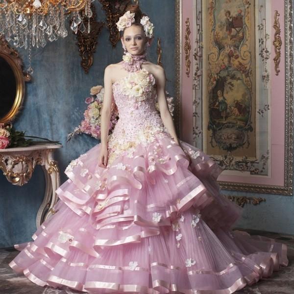 Платье на свадьбу розового цвета