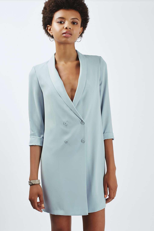Платье пиджак светлое
