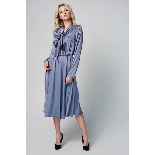 Платье с воротником-бант серое