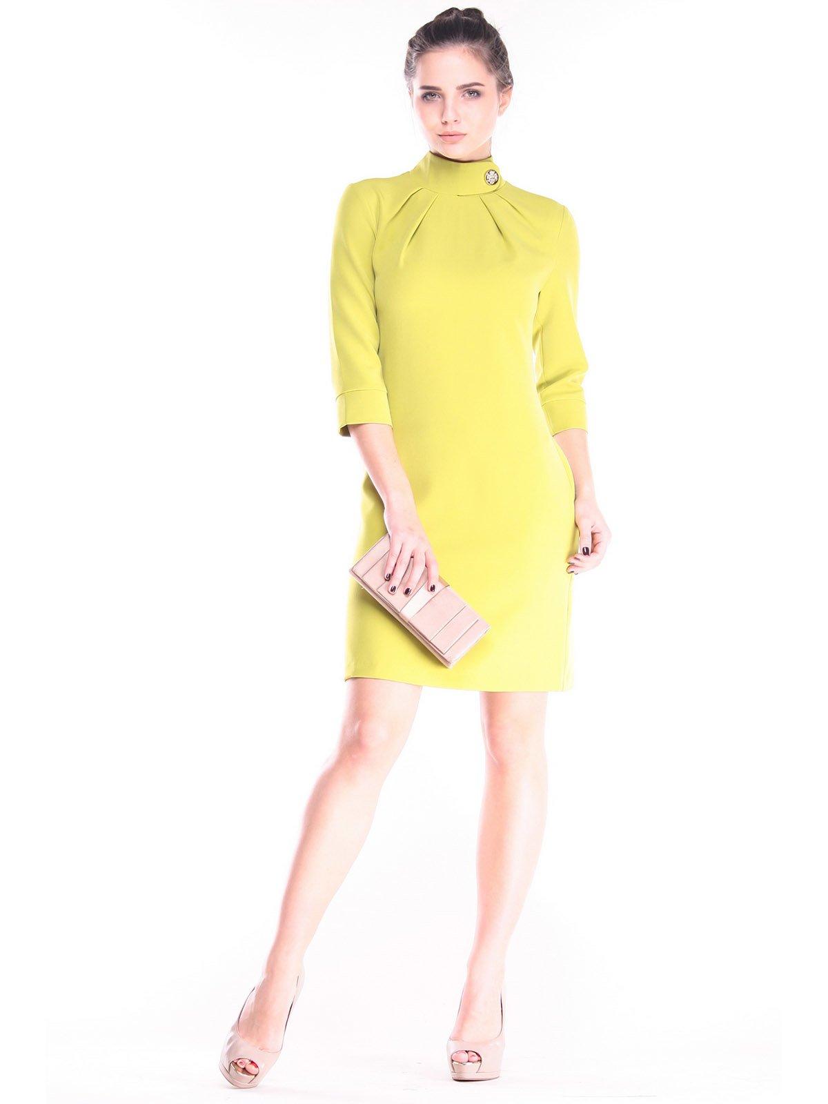Платье цвета авокадо