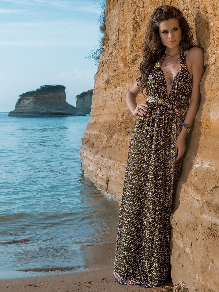 Потрясающее длинное платье