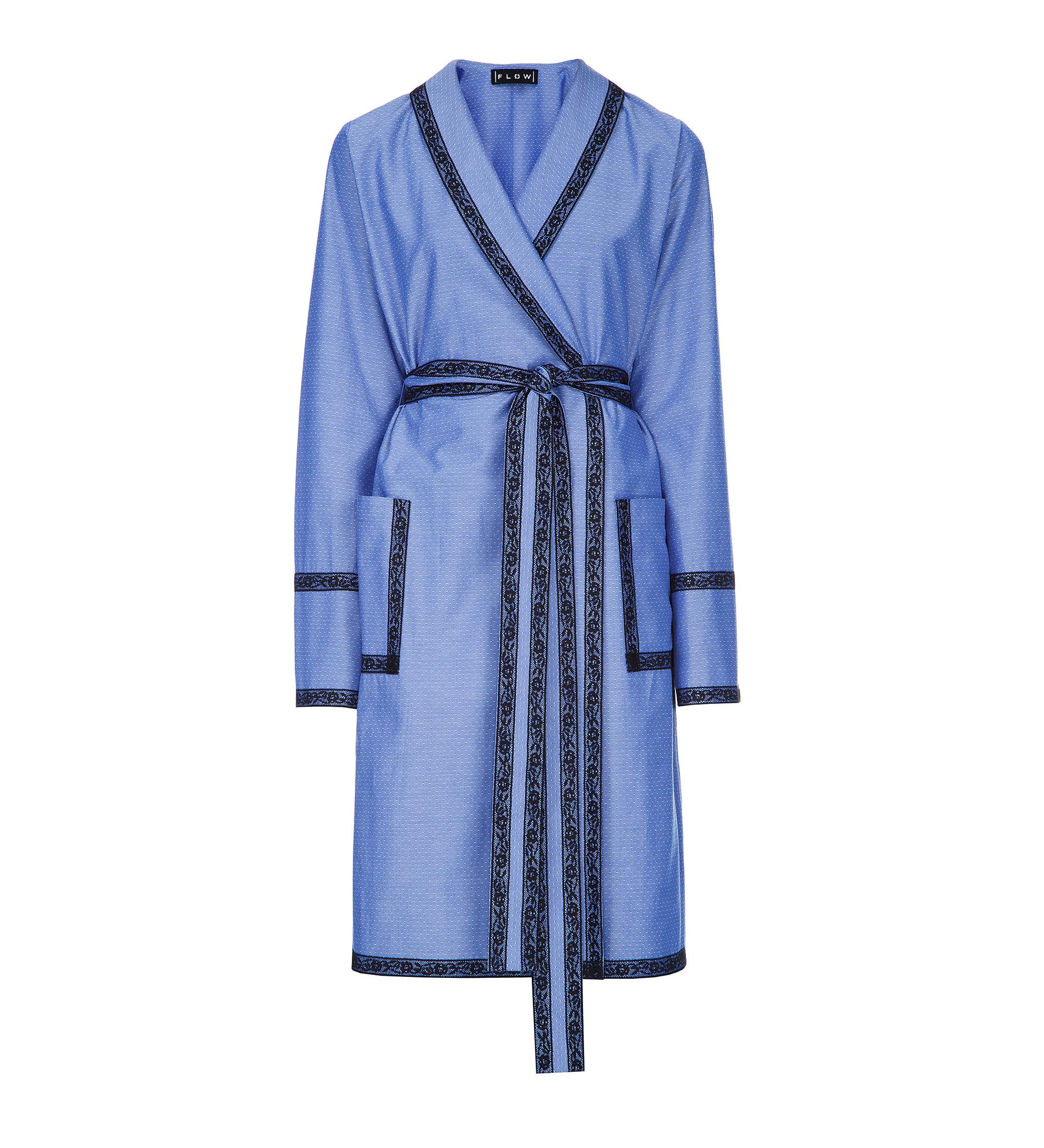 Практичное синее платье для девушки