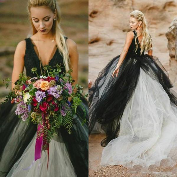 Применение черного цвета для платья невесты