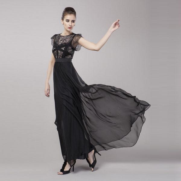 Приталенный крой платья