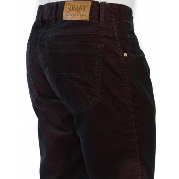 Приятный оттенок мужских брюк