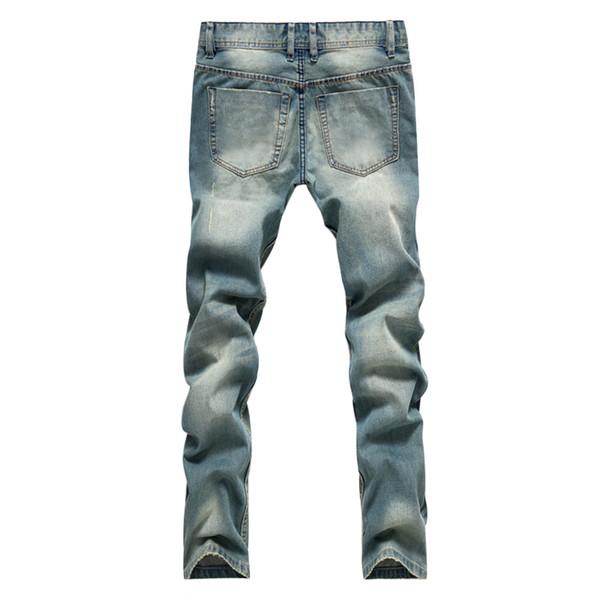 Приятный оттенок современных джинсов