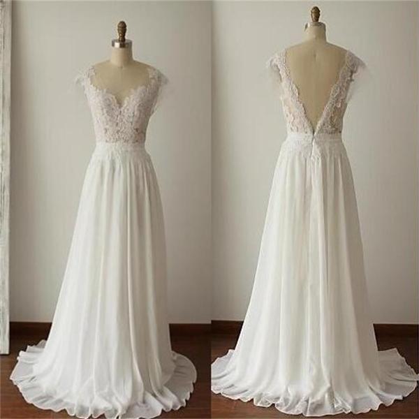 Простое и аккуратное платье