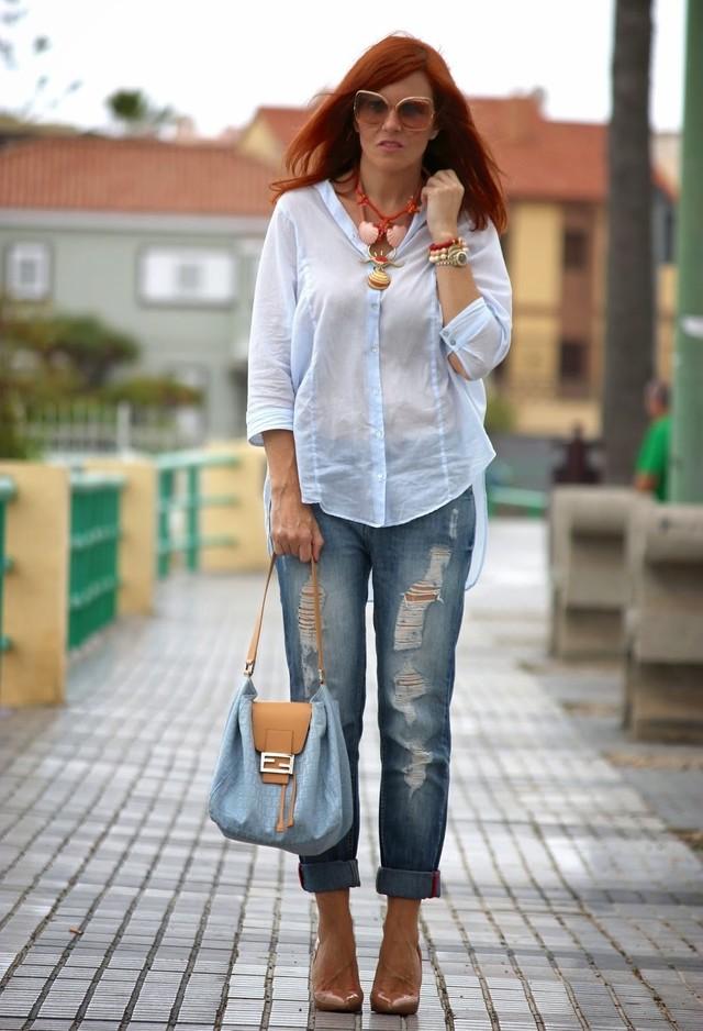 Прозрачная блузка под джинсы