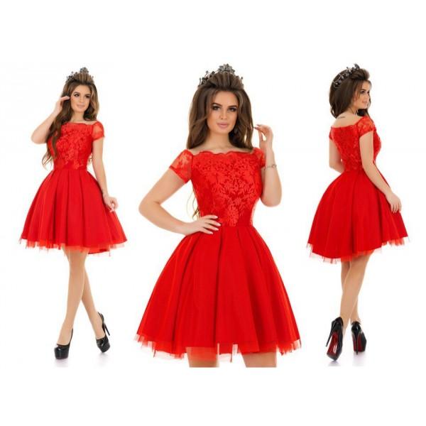 Пышная юбка красного платья