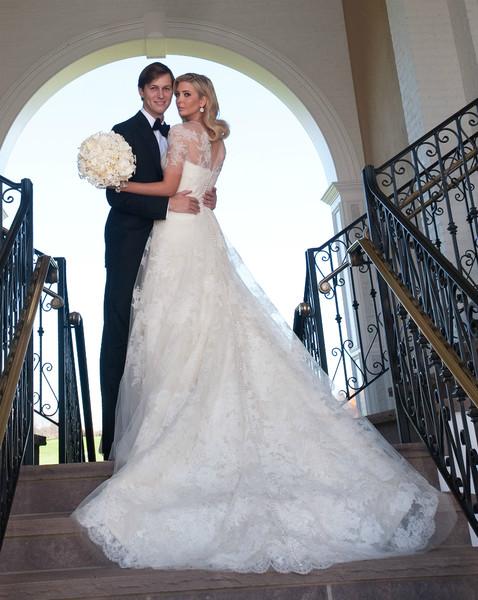 Самые дорогие свадебные платья звезд