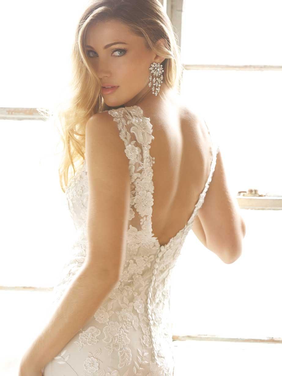 Стильное свадебное платье от Allure Bridals