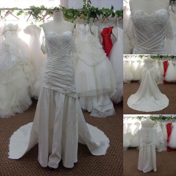 Свадебное платье со съемным шлейфом