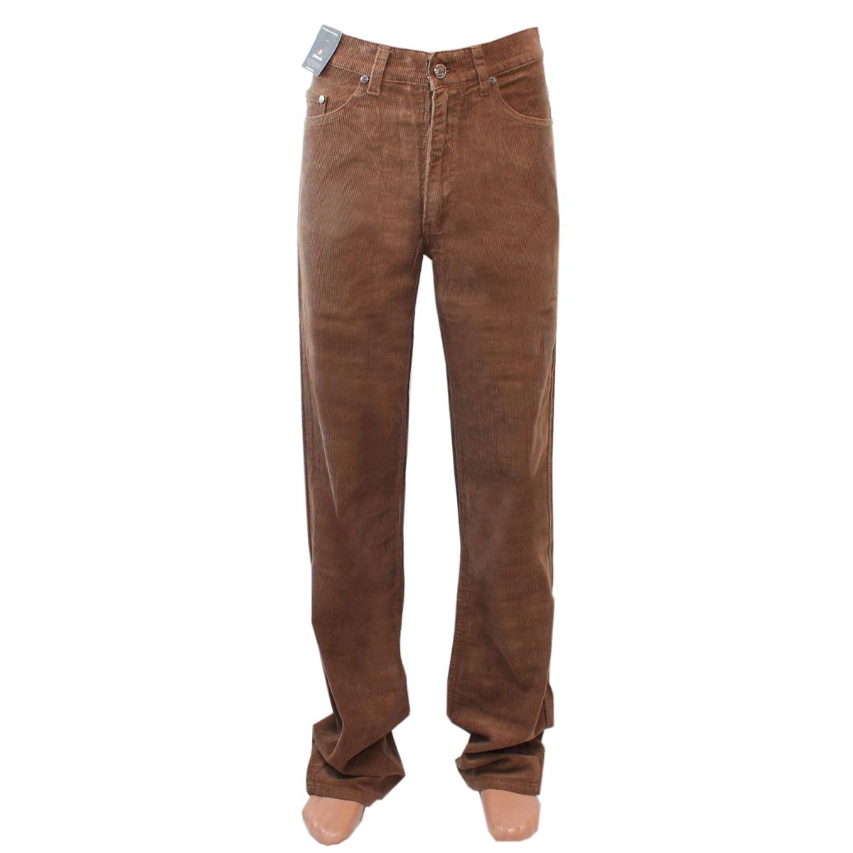 Светло-коричневый цвет одежды