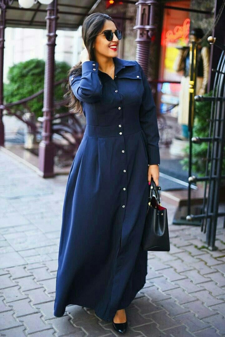 Темно-синий наряд