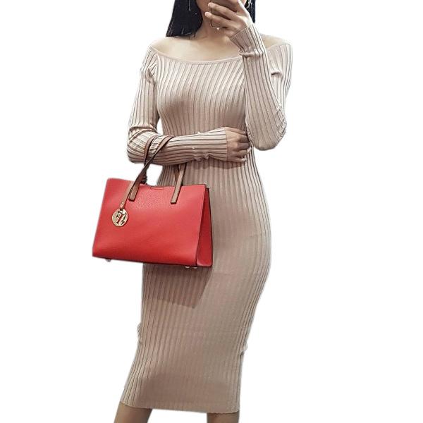 Трикотажное платье-лапша в рубчик в бежевом цвет