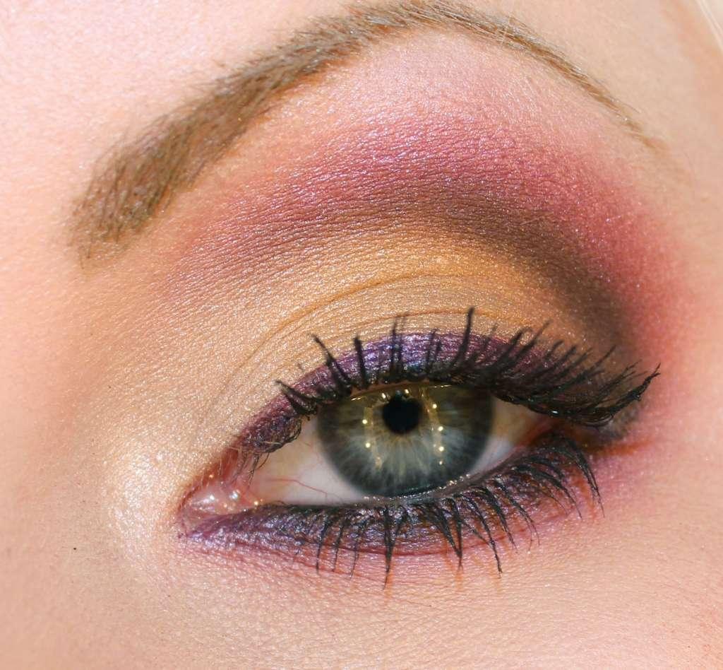 Учимся красить глаза