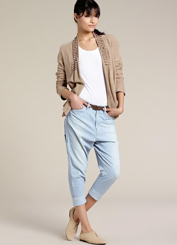 Узкие джинсы бойфренда с заниженной талией