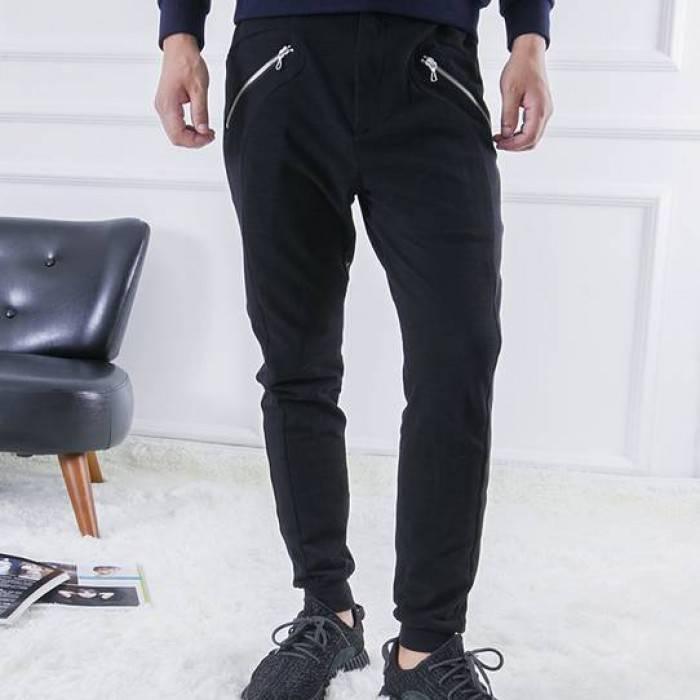 Узкие джинсы с карманами