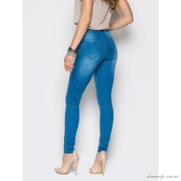 Узкие штаны с завышенной талией