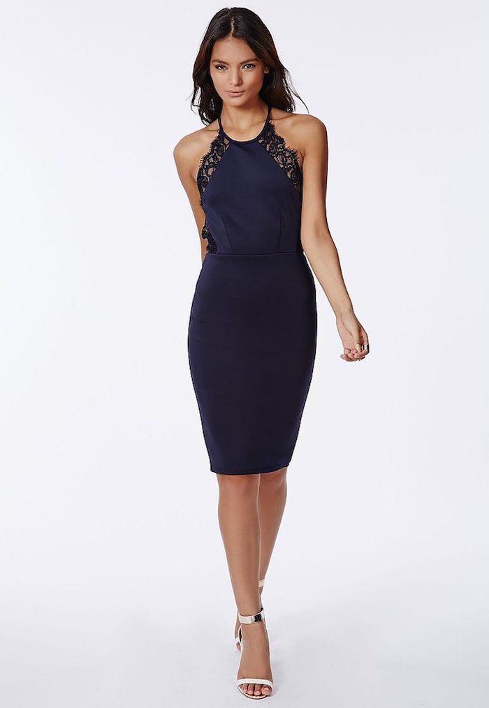 Вечернее платье темно синего цвета
