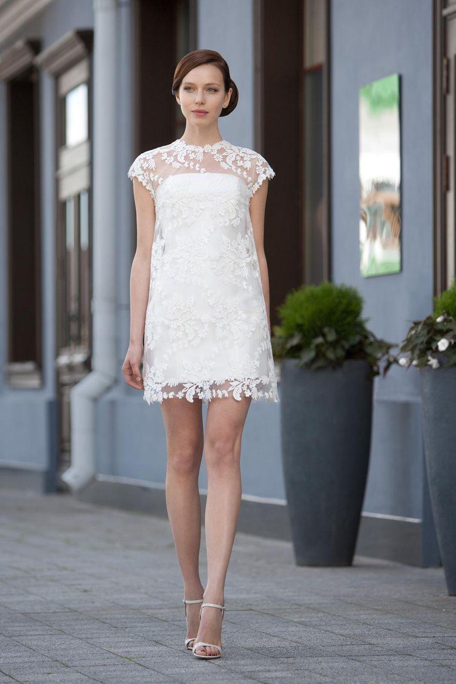 Внутреннее корсетное платье