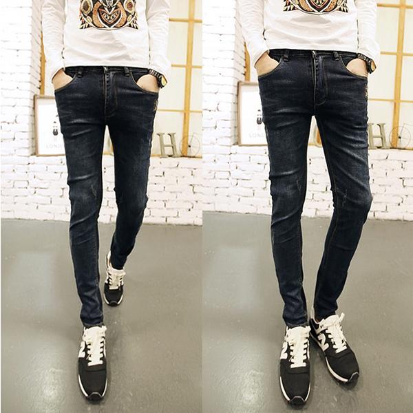 Выбираем черные джинсы