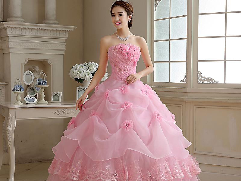 Выбираем розовое платье