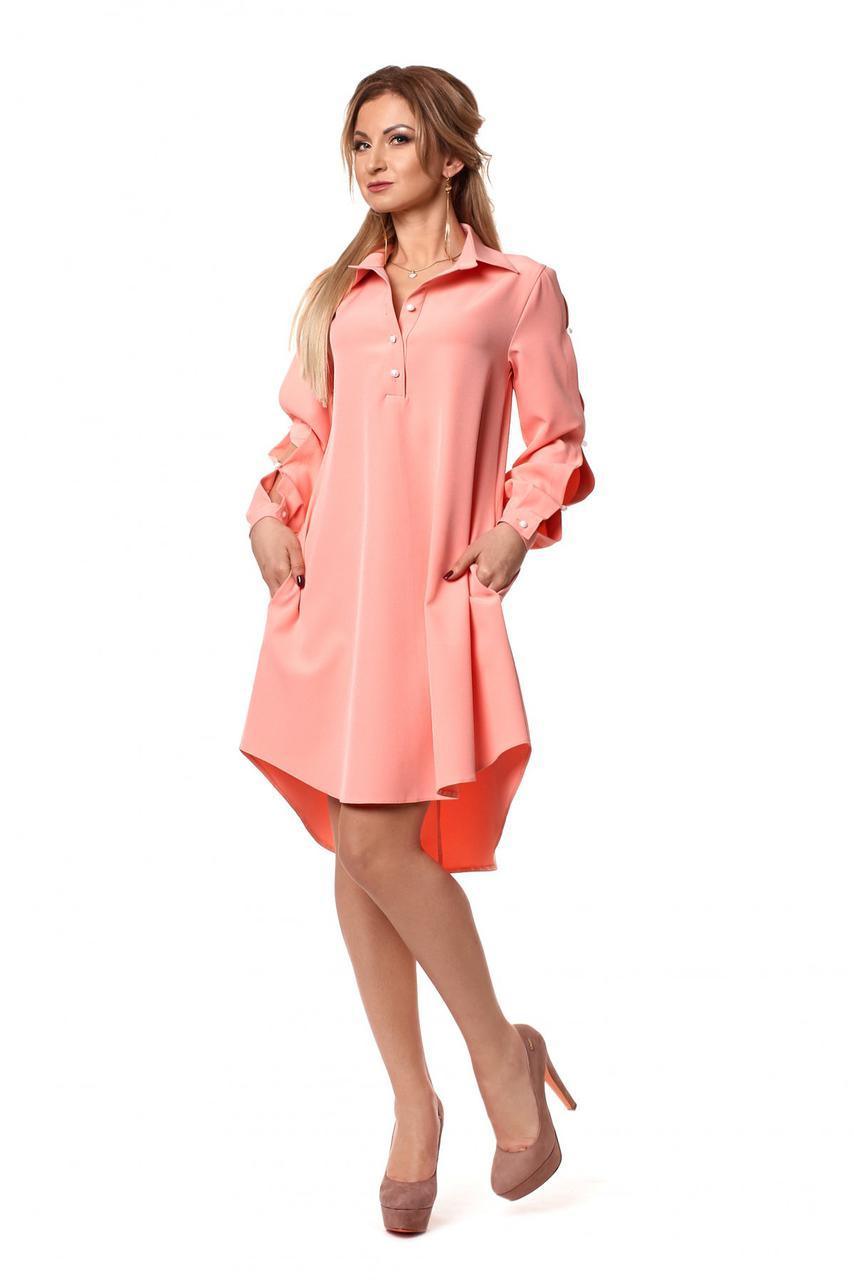Женское платье-рубашка пудрового цвета