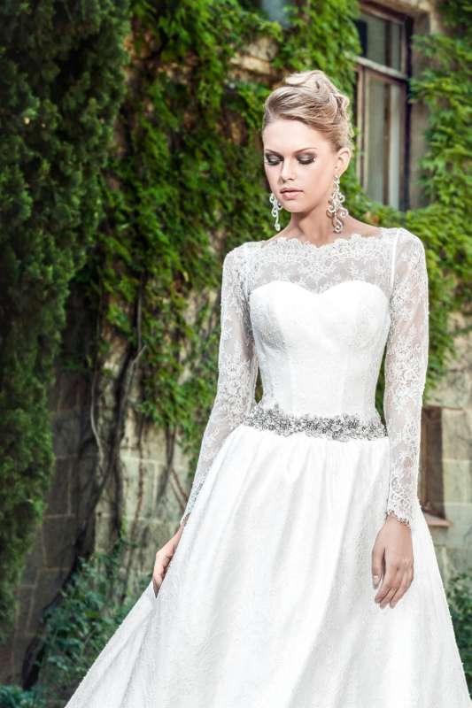 Закрытые свадебные платья с длинными рукавами