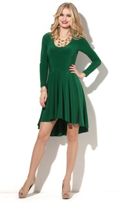 Зеленое платье можно надеть и с красными туфлями