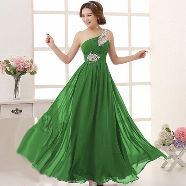 Зеленое вечернее платье на одно плечо со стразами